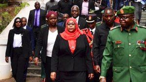 """""""Sunteți prea urâte ca să vă măritaţi"""". Afirmațiile care i-au adus președintelui Tanzaniei, Samia Hassan, un val de critici"""