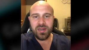 VIDEO: Un medic rezident în chirurgie plastică face educație medicală pe TikTok