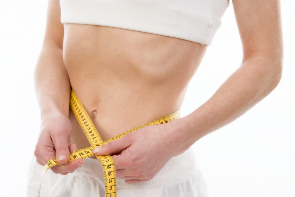 Cifre îngrijorătoare. 5 din 100 de femei suferă de bulimie, iar jumătate dintre fetele de 11-13 ani se consideră grase