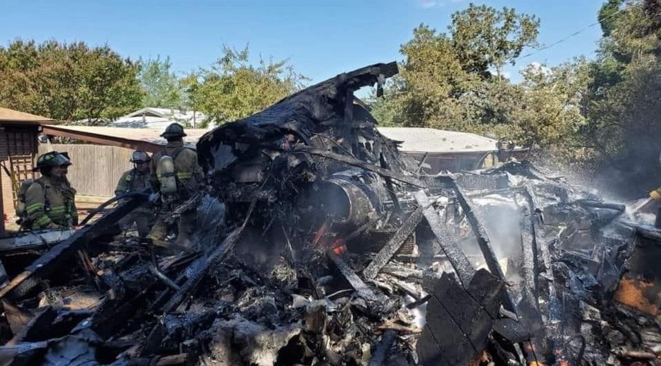 Un avion militar s-a prăbușit în Texas. FOTO și VIDEO