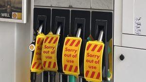 Lipsa combustibului a instalat panică în rândul britanicilor.
