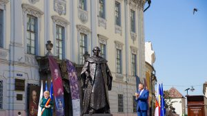 Iohannis, criticat după dezvelirea statuii lui Brukenthal, cel care, la 1784, i-a tras pe roată pe Horea, Cloșca și Crișan