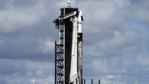 VIDEO. Primii astronauți amatori au ajuns pe orbită. Vor petrece trei zile în spațiu în capsula Crew Dragon