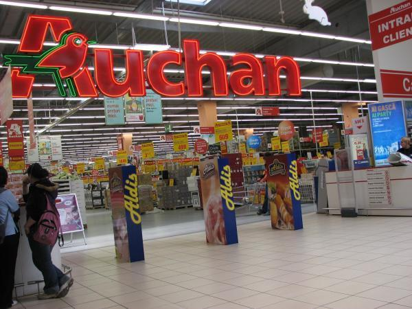 Auchan recheamă două sortimente de pâine după ce acestea au fost retrase din magazine.