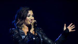 """Demi Lovato consideră termenul """"extratereștri"""" un termen ofensator."""