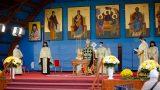 Un medic cere oprirea slujbelor religioase