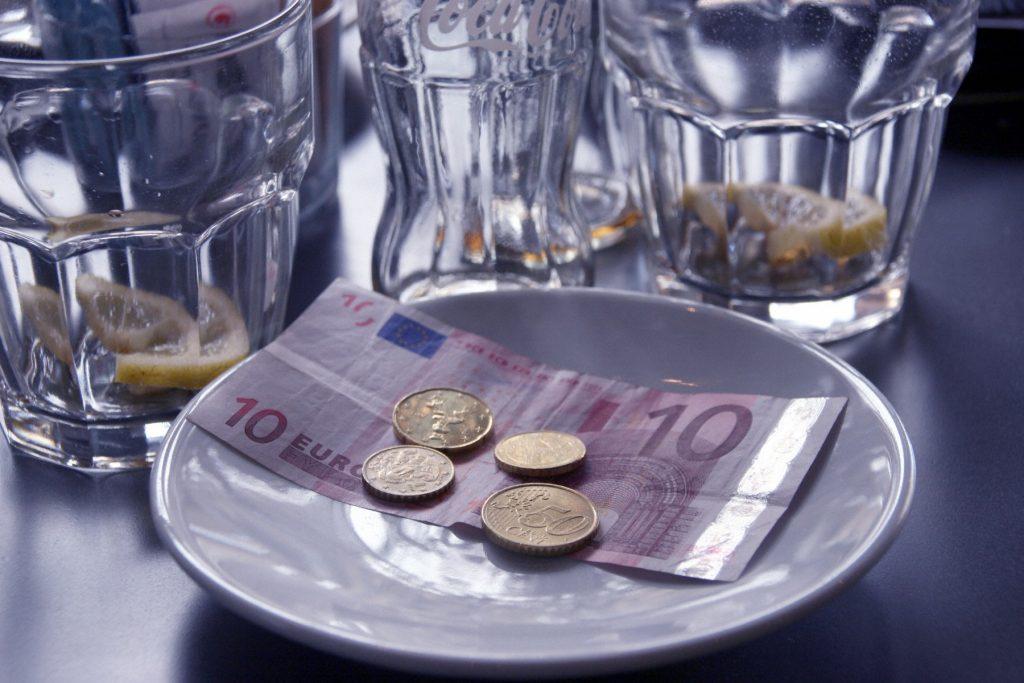 bacsis in euro la restaurant