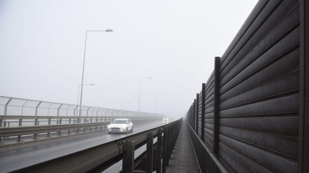Ceață pe autostradă.