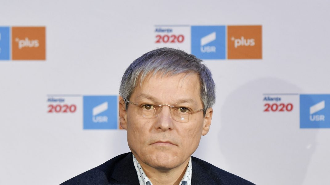 Dacian Cioloș motivează retragerea USR din Guvern