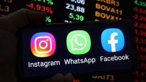 Logo whatsapp, facebook și instagram