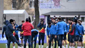 Federaţia Română de Fotbal obligă toţi jucătorii să prezinte Certificatul Verde